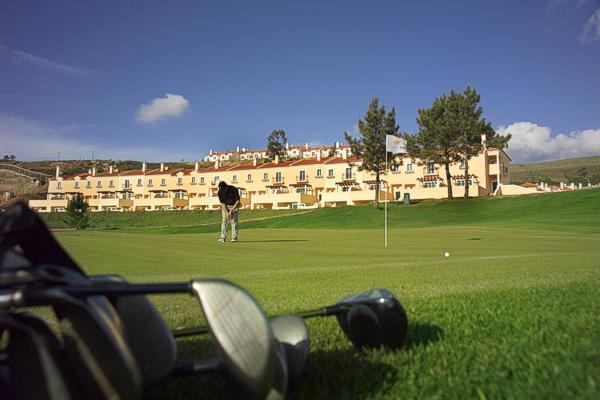 Clube do Golfe Campo-real-golf-villas-02