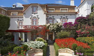 Casa da pergola guest house 2013 rates and bookings page for Casa y jardin bazaar 2013