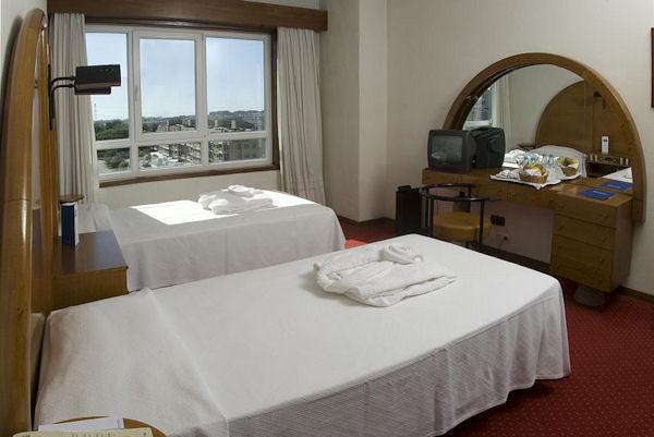 Beta Porto, Página inicial do Hotel, na cidade do Porto  ~ Quarto Tipo Twin