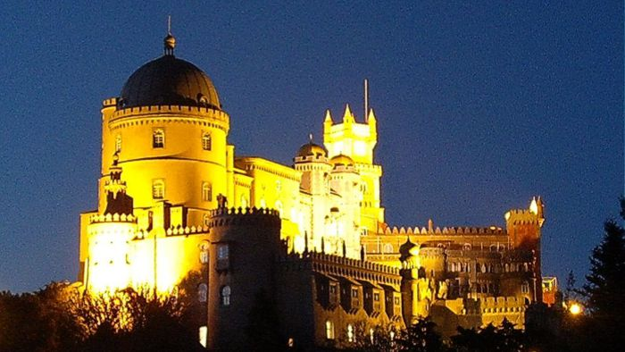 Pena Palace at night