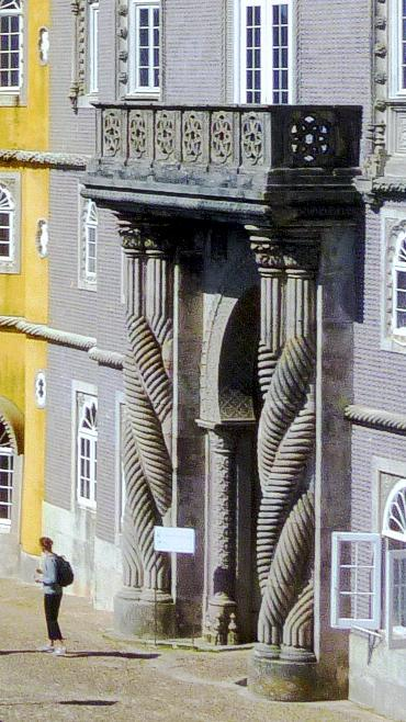 Pena Palace Twisted Columns inspired by the Alhambra