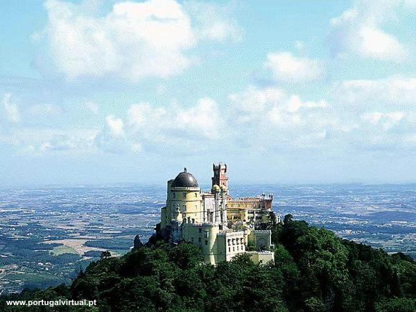 http://www.portugalvirtual.pt/images/sintra/images/pena-palace-002.jpg